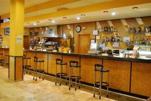 Лаундж или бар в Hotel Los Templarios