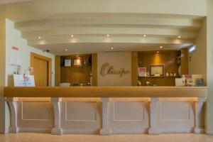 The lobby or reception area at Olissippo Castelo