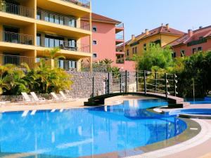 The swimming pool at or near Luxury Apartment Living Funchal
