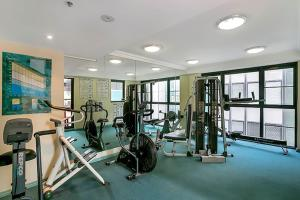 The fitness center and/or fitness facilities at One Bedroom Apartment Hosking Place - HOSK4
