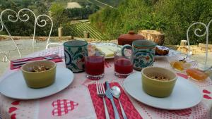 Breakfast options available to guests at Cascina Raggio di Sole B&B