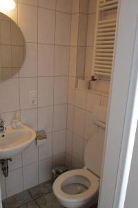 Ein Badezimmer in der Unterkunft Gästehaus Ströter