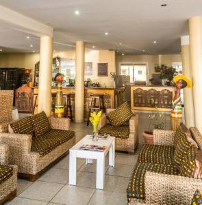 The lobby or reception area at Hotel Maharajah