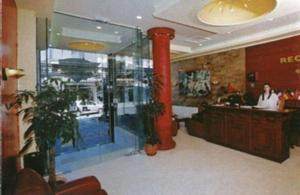 The lobby or reception area at Hotel Orfeas