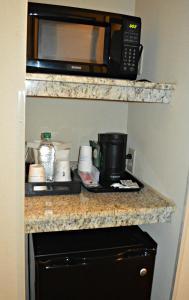 A kitchen or kitchenette at Wyndham Garden Hotel Cross Lanes Charleston