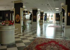The lobby or reception area at Hotel Cavallino