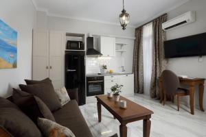 Een zitgedeelte bij V1935 Luxurious Apartments