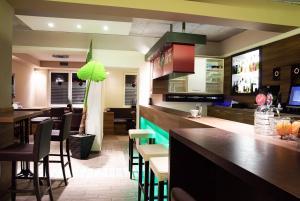 Salon oz. bar v nastanitvi Hostel Plus Caffe