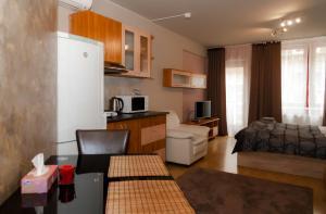 Een keuken of kitchenette bij AnVa House