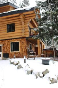 A Suite Retreat - Beyond Bed & Breakfast during the winter