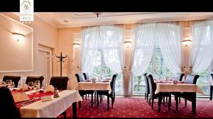 A restaurant or other place to eat at Luxury Garni Hotel Brix