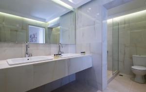 A bathroom at Club Agia Anna