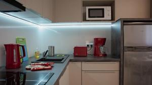 Kuchnia lub aneks kuchenny w obiekcie Apartament Piano 2