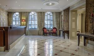 Zona de estar de Hilton London Euston