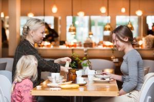 En restaurang eller annat matställe på Hotell Liseberg Heden