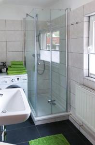 Ein Badezimmer in der Unterkunft 3 Seiten Ferienwohnung