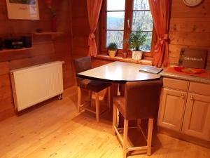 Küche/Küchenzeile in der Unterkunft Ferienwohnung Götz
