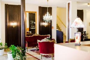 Lobby/Rezeption in der Unterkunft Parkhotel Krone