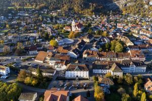 Blick auf Hotel Balsthal aus der Vogelperspektive