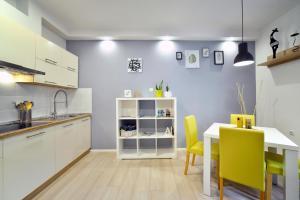 Kuhinja ili čajna kuhinja u objektu Apartment Putak