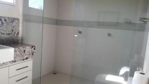 Um banheiro em Rota dos Ventos