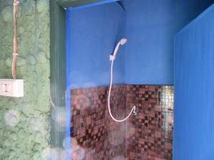 Ванная комната в Hippy Hut