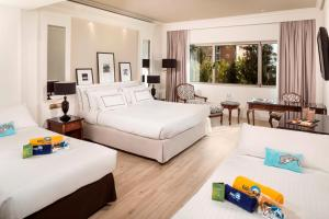 Cama o camas de una habitación en Melia Barajas