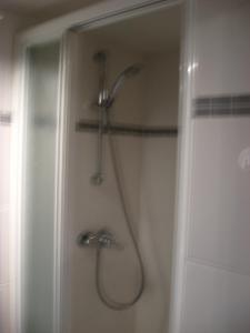 Een badkamer bij Acacia 2/7