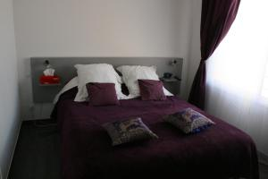 A bed or beds in a room at Casa Oliva