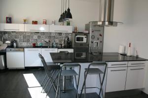 A kitchen or kitchenette at Casa Oliva