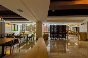 蘭桂坊花園酒店餐廳或用餐的地方