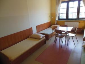 Część wypoczynkowa w obiekcie Szkolne Schronisko Młodzieżowe w Gdańsku