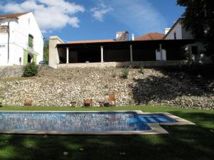 The swimming pool at or near Quinta do Sanguinhal