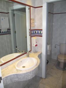 A bathroom at Don Juan