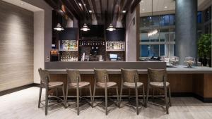 The lounge or bar area at Hyatt Place St. Petersburg/Downtown