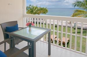 A balcony or terrace at Radisson Grenada Beach Resort