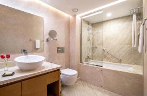 Kopalnica v nastanitvi Hyatt Regency Galleria Residence Dubai