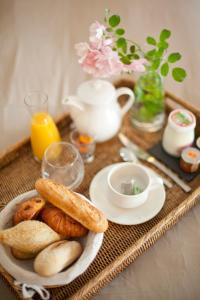 Breakfast options available to guests at Logis Hotel Saint-Roch