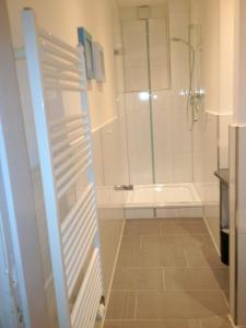 A bathroom at Designhotel 1690 & Apartments