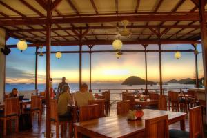 A restaurant or other place to eat at Blue Marlin Dive Komodo