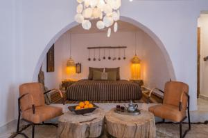 A seating area at Munga Guesthouse
