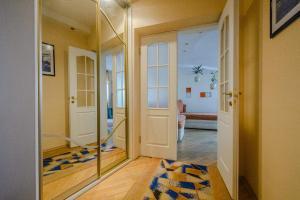 A bathroom at Apartment Kuibyshieva 69