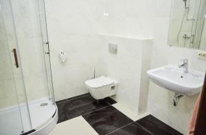 A bathroom at Nashe Misto Guest House