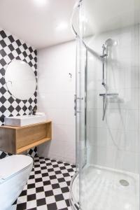 A bathroom at MeetMe23