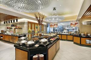 مطعم أو مكان آخر لتناول الطعام في أجنحة هيلتون مكة