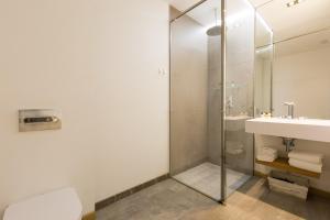 A bathroom at Cosmopolitan Boutique Rambla