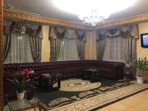 Гостиная зона в Кристалл Отель
