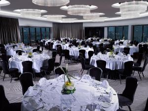 Ресторан / где поесть в Ramee Grand Hotel And Spa