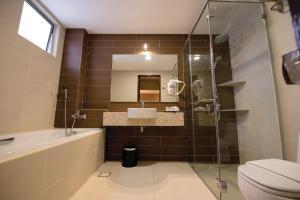 A bathroom at Grand Orient Hotel Perai, Penang