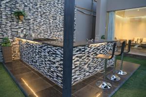 حمام في Riyadh Inn